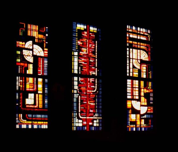 Restauración de vidrieras de hormigón