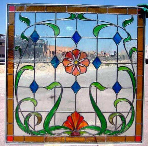 Restauración de vidrieras emplomadas