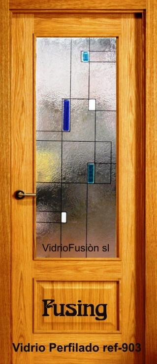 Puerta de paso con cristal fusing perfilado