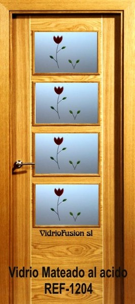 Puertas de paso con resina transparente cuarterones