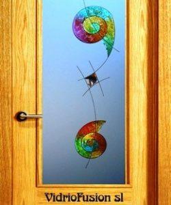Cristales para puertas decorados con resina