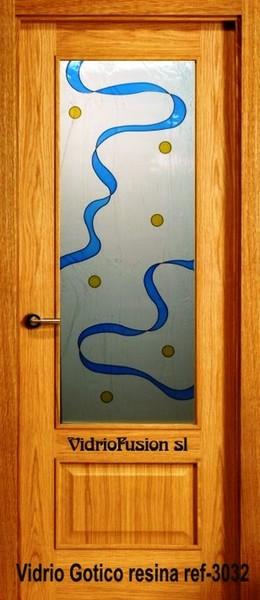Puertas de paso decoradas con resina